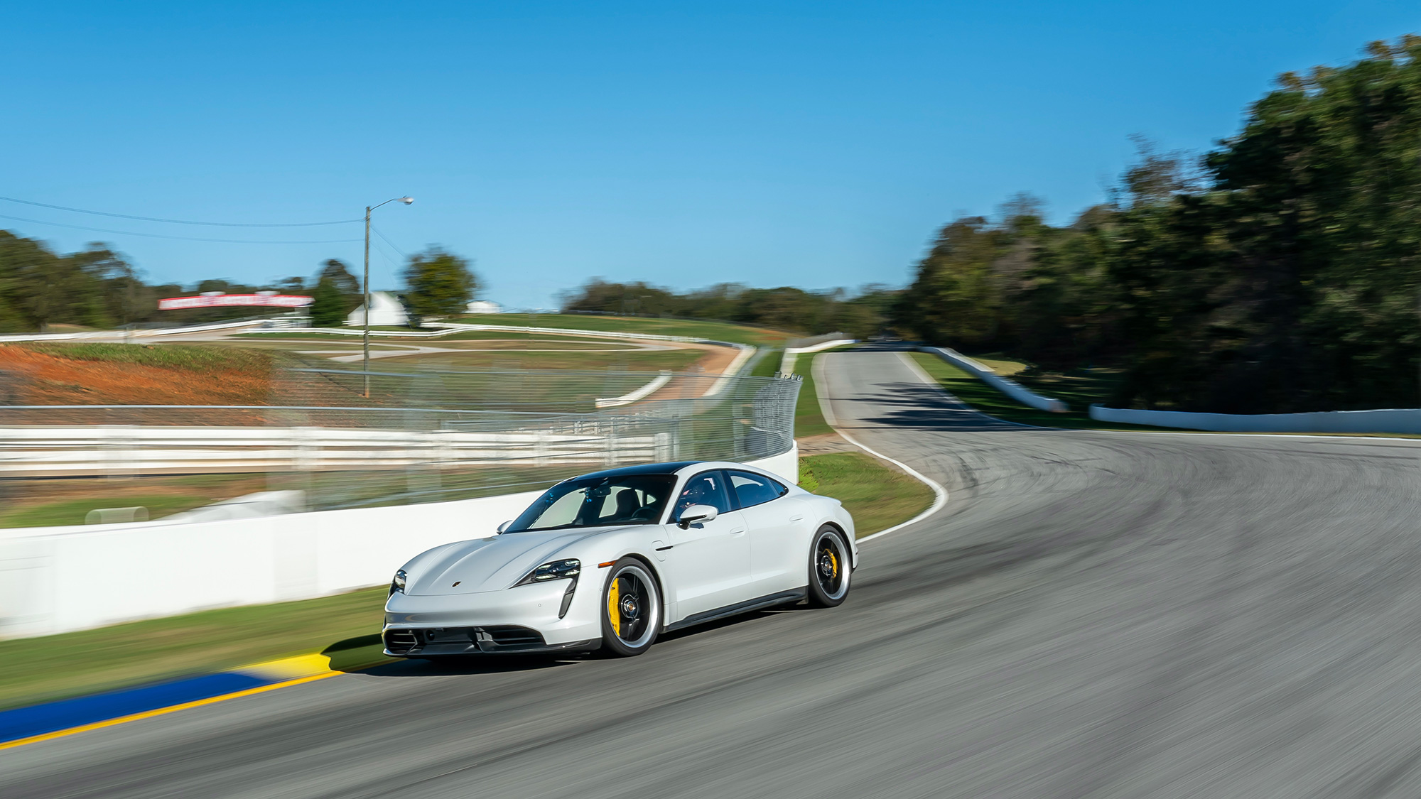 Porsche Taycan produccion