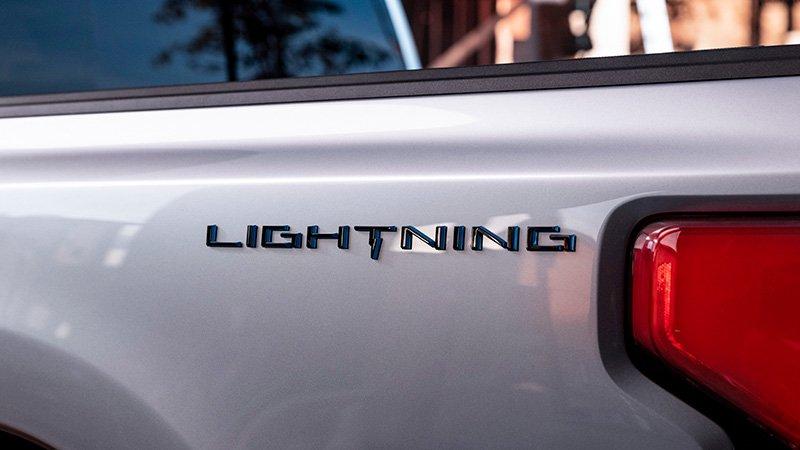 Ford Lightning previo
