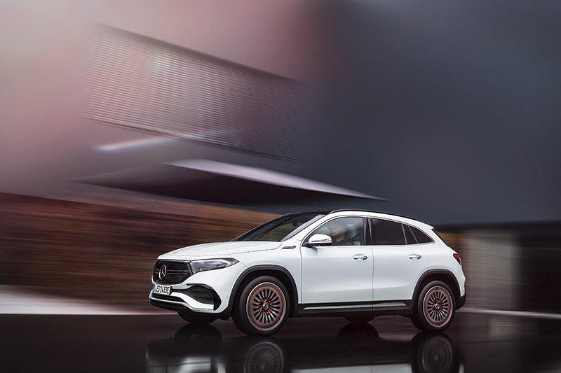 Mercedes EQA sistemas conduccion