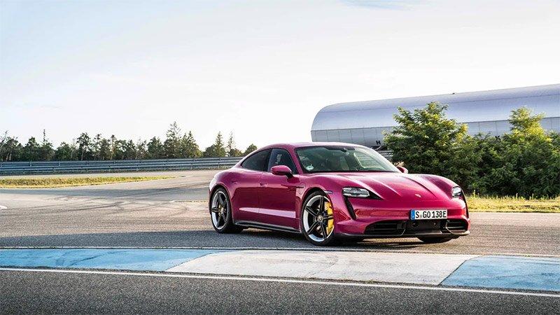 Porsche Taycan y Taycan Cross Turismo actualizacion